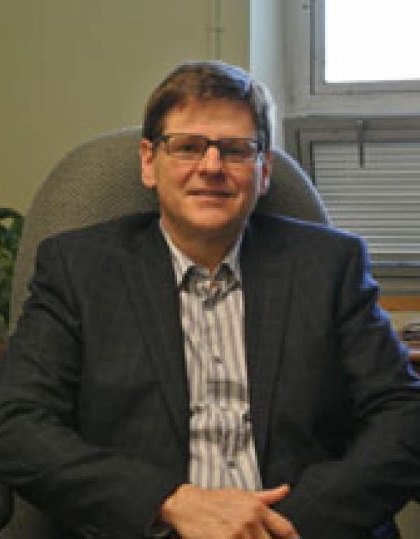 Dr.  Dan Borschneck