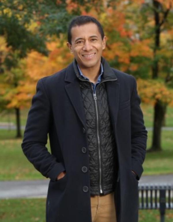 Dr.  Antonio Caycedo-…