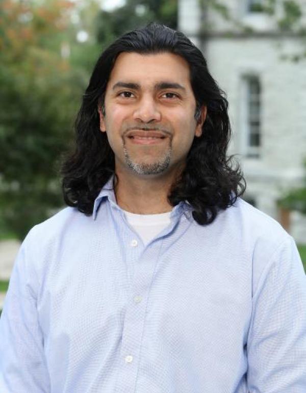 Dr.  Faizal  Haji
