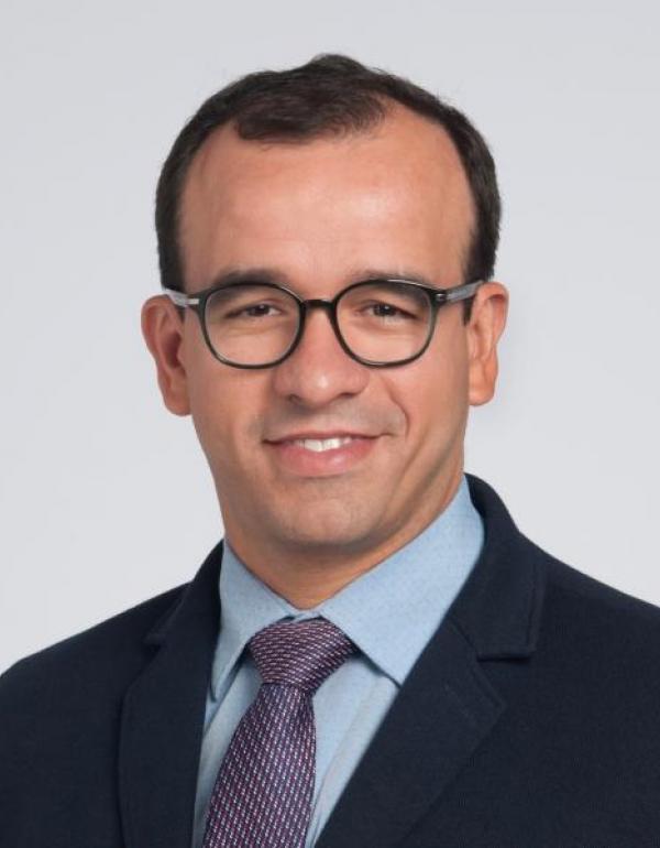 Dr.  Igo Ribeiro